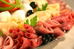 Antipasto (Mixed Meat, Cheese and Olive Platter)